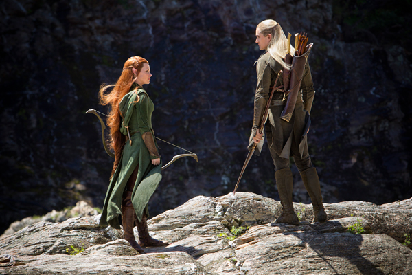 Legolas and Galadriel team up to battle the orc invasions from Dol Guldur.