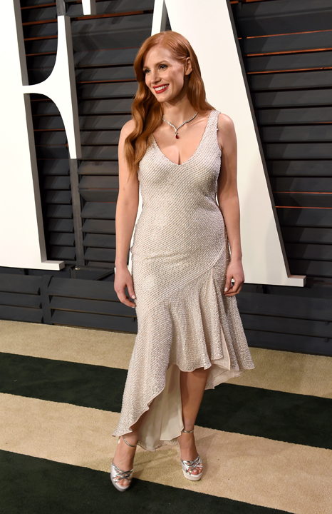 Jessica-Chastain-in-H&M-Conscious-Exclusive-2015---Vanity-Fair-Oscar-Party