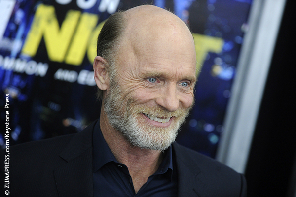 Between 1996 and 2003, Ed Harris has been nominated for three supporting roles (Apollo 13, The Truman Show and The Hours) and one leading role (Pollock). He has an incredibly long resumé and is a well-respected actor in Hollywood, but so far, no Oscar.