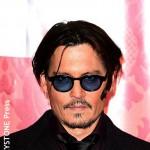 Johnny Depp injured on location in Australia