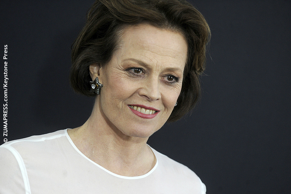 Sigourney Weaver was nominated for the first time in 1987 for her lead role in Aliens. Two years later, she was nominated twice: Best Actress in a Supporting Role for Working Girl and Best Actress in a Lead Role for Gorillas in the Mist. Despite having two shots, she was overlooked for both.