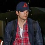 Ashton Kutcher revamps mother's house