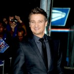 Jeremy Renner doesn't care if you think he's gay