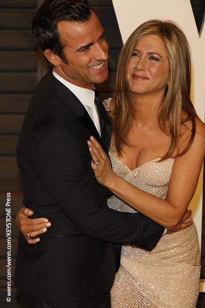 Jennifer Aniston & Jutsin Theroux