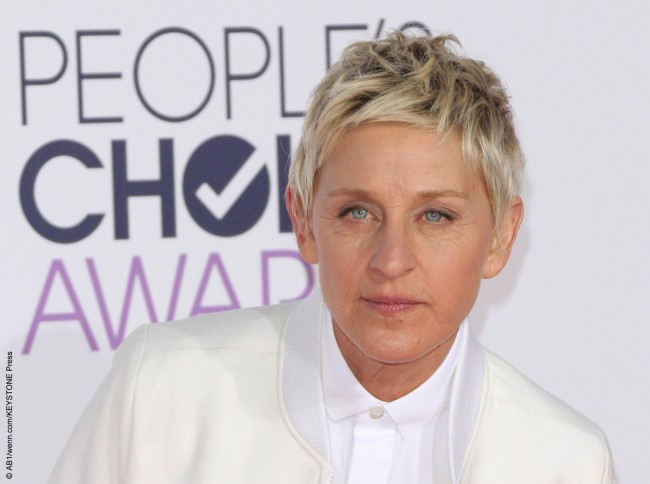 Ellen DeGeneres may have a regular (but glamorous) day job today as the host of her own talk show, but once, she floated from job to job. She was a bartender, vacuum salesperson, house painter, waitress, JC Penney sales clerk, and in her hometown of New Orleans, as a rite of passage, she shucked oysters. […]