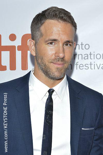 Ryan Reynolds father dies story