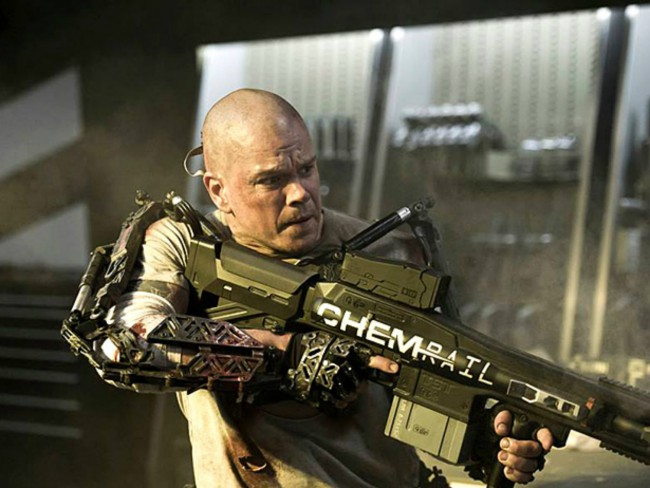 """For his film Elysium, Matt Damon sports muscles, tattoos and a bald head. While he looks good enough to make our list, he in envious of Jake Gyllenhaal. At the opening of his film Contagion, he told People magazine in 2011: """"Normally you say, 'That's a beautiful head of hair, but that's a beautiful head […]"""