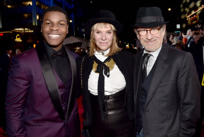 Steven Spielberg and his wife Kate Capshaw met John Boyega, one of the newcomers to the Star Wars universe. He plays Finn, who was raised to be a Stormtrooper.