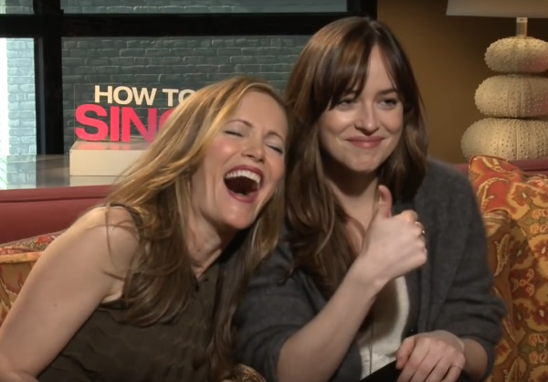How to Be Single interview with Leslie Mann and Dakota Johnson