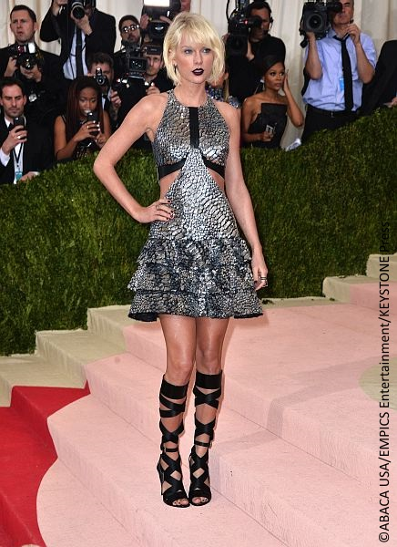 Taylor Swift rocked an edgy look at the 2016 Met Gala