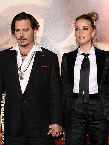 Johnny Depp and Amber Heard at premiere