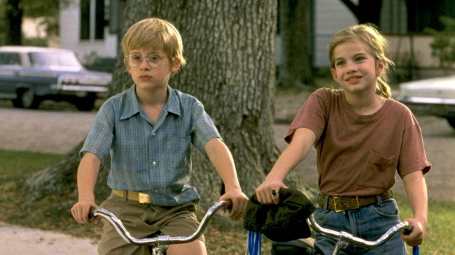 When a movie decides to kill off a 10-year-old Macaulay Culkin, the Golden Child of the early '90s, you know they mean business. It starts out innocently enough – the precocious heroine Vada (Anna Chlumsky) and her longtime pal Thomas J. (Culkin) share a chaste first kiss under a tree. You're thinking, Could this get […]