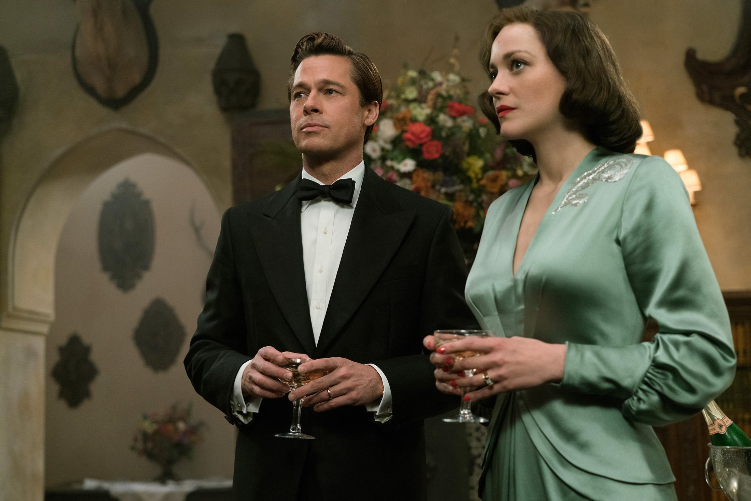 Brad Pitt and Marion Cotillard light up screen in Allied trailer