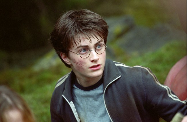 Throughout the course of the eight films, Daniel Radcliffe (Harry Potter) went through roughly 160 pairs of the iconic wire-rimmed glasses.