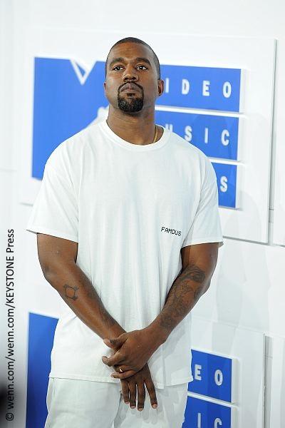 Kanye West threatens to boycott Grammys 2017