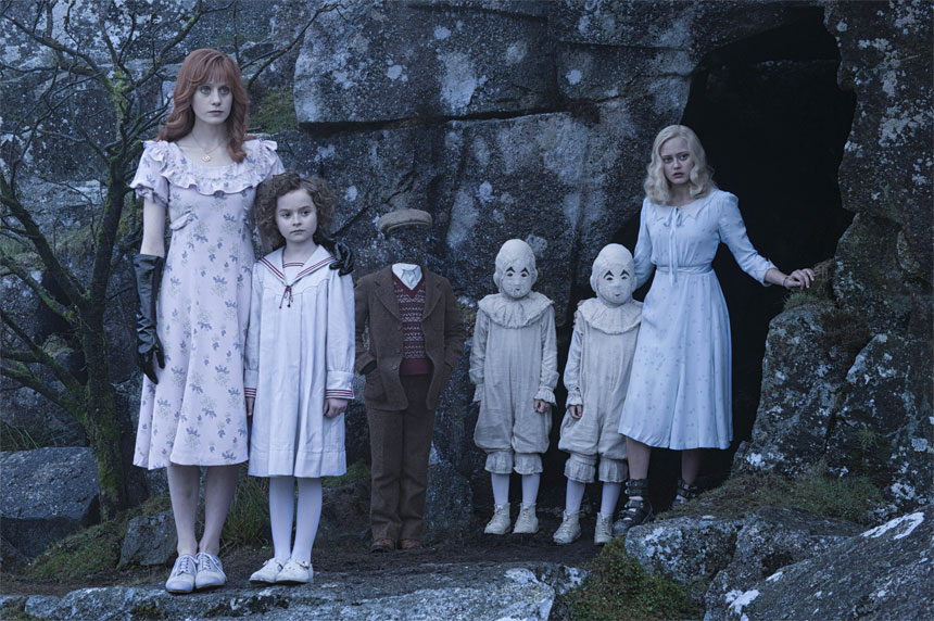 Miss Peregrine's Home for Peculiar Children movie still 2