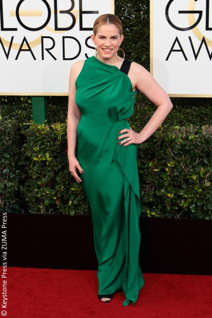 If completely hiding one's body shape was the objective this season, then Ms. Chlumsky's Loeffler Randall emerald green column dress did just the trick. While the color was gorgeous on the actress' skin tone, it was the lack of tailoring that really made this a no-go look.