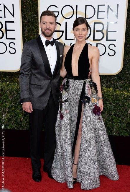 We were totally jealous of Jessica Biel last night. And no, not because she had hubby Justin Timberlake by her side who couldn't stop gushing about her. Her dress was a highly coveted one as she flaunted an Elie Saab gown that had a daring, deep-plunging neckline. The black and white print dress had a […]