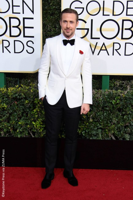 How can this list be complete without Ryan Gosling? The actor took home a trophy for Best Actor for his role in La La Land. Ryan looked dapper as he walked the red carpet in a white tuxedo Gucci jacket and a black bow tie. He sure looks like he is paying homage to his […]