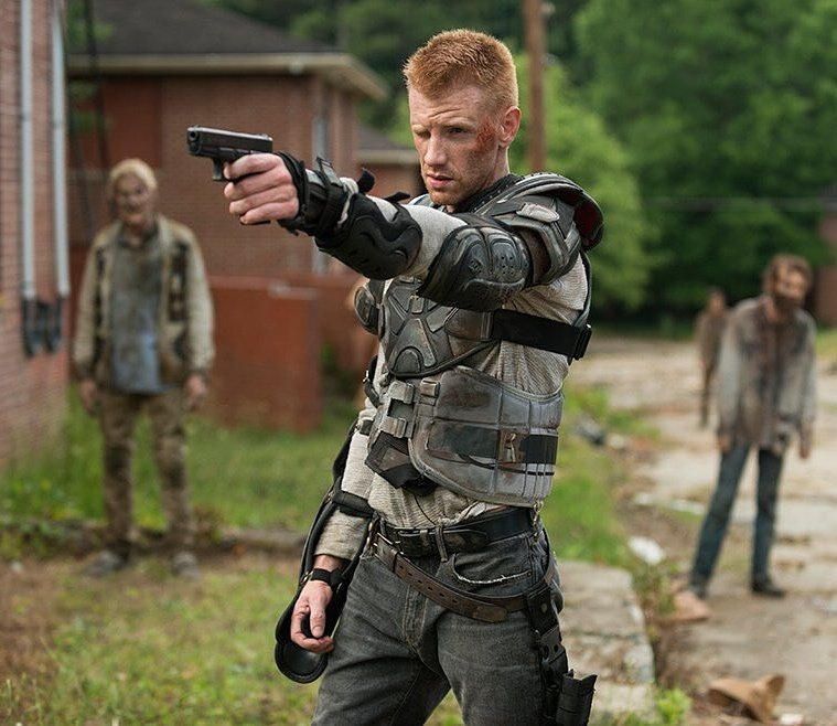 The Walking Dead actor comes out as gay