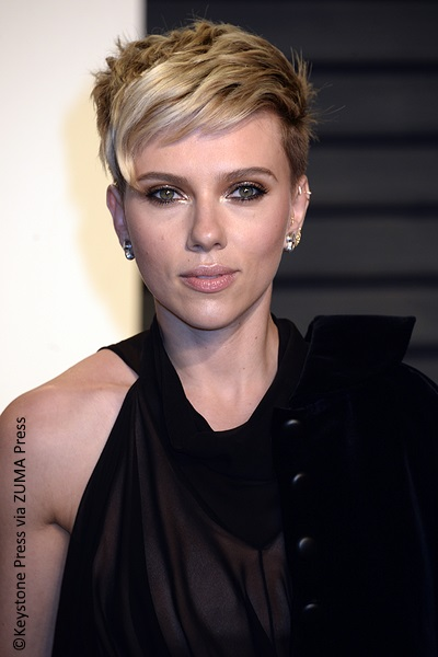 Scarlett Johansson files for divorce from husband