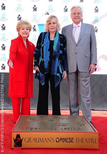 Robert Osborne with Debbie Reynolds and Kim Novak in 2012