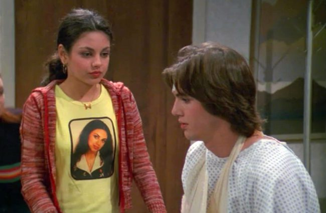 kutcher dating kunis
