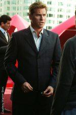 Val Kilmer confirms he battled cancer.