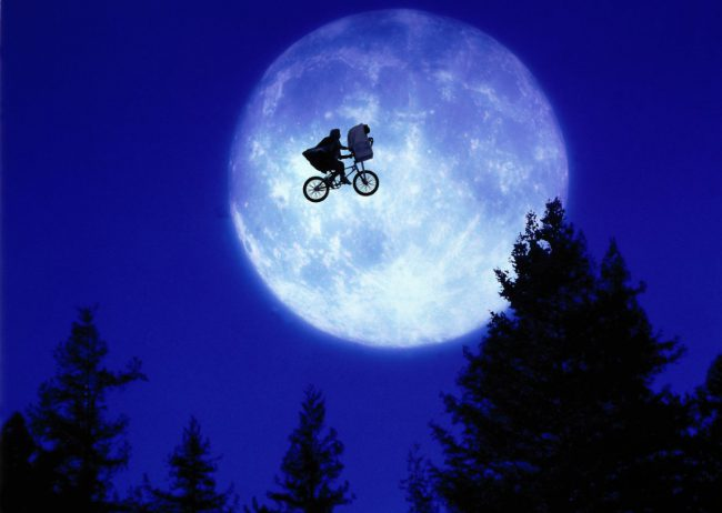 "When everyone's favorite extraterrestrial classic E.T. hit theaters in 1982, it was a huge success. It was obviously a no-brainer for director Steven Spielberg and writer Melissa Mathison to team up again to write a treatment for the sequel. Unfortunately, the movie never actually came to fruition. Spielberg said, ""Sequels can be very dangerous because […]"