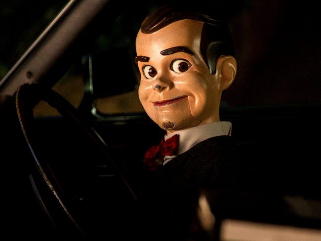 Goosebumps' (2015) resident trouble-making dummy jumped out of author R.L. Stine's classic kids terror book series onto the big screen (he was also featured on the TV series that ran from 1995 to 1998). While Slappy isn't as sinister as the other dolls on this list, he definitely deserves an honorable mention because he's great […]