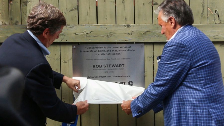 Toronto Mayor John Tory and Brian Stewart unveil Rob Stewart plaque