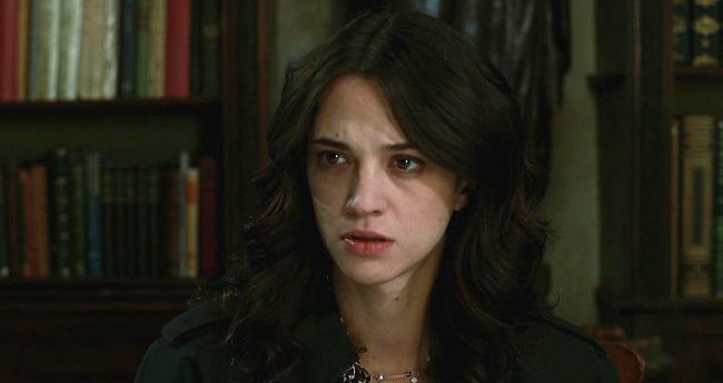 Italian actress Asia Argento comes from a long line of actors and filmmakers and appeared in her first film at nine. By 20, she was getting into directing as well. When she was 21, Argento was invited to what she thought was a party at Harvey Weinstein's Hotel du Cap Eden Roc room near Cannes, […]