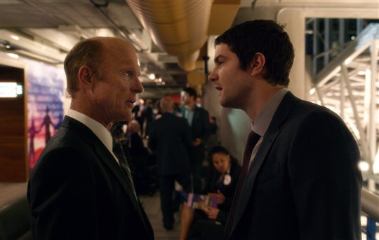 Ed Harris and Jim Sturgess in Geostorm