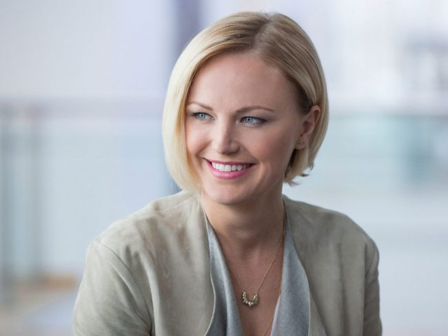 Swedish-born, Toronto-raised, blonde-haired beauty Malin Akerman can most recently be seen as billionaire wife Lara Axelrod on the show Billions. While Malin has that cute, girl-next-door vibe down to a science, her range as an actress shows she can go from adorable and sweet to tough and cunning, as her character Lara proves.