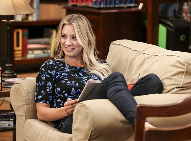 The only non-nerd on the hit show The Big Bang Theory, Kaley Cuoco's role as Penny on the popular series offers comedic relief. With stunning hazel eyes and golden locks, it's no surprise she steals not just the attention of Johnny Galecki's character, Leonard, but also the audience's.