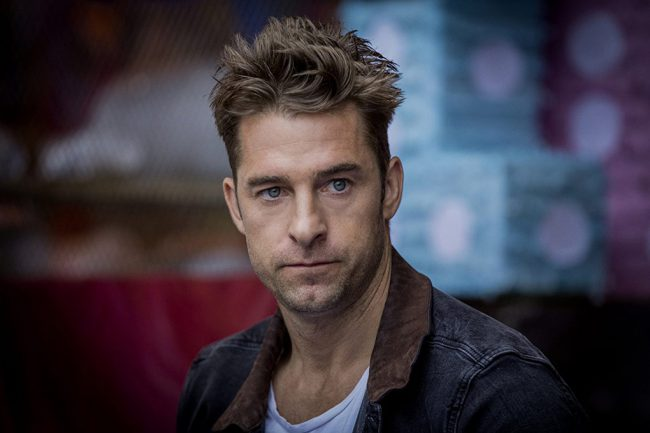 "Toronto-raised Scott Speedman got his start in Canada, but what propelled him to fame was a role on the U.S. TV series Felicity. Since then, he's been a regular in both Canadian and Hollywood motion pictures. In addition to movies, he's currently stars as Barry ""Baz"" Blackwell on the TNT series Animal Kingdom."