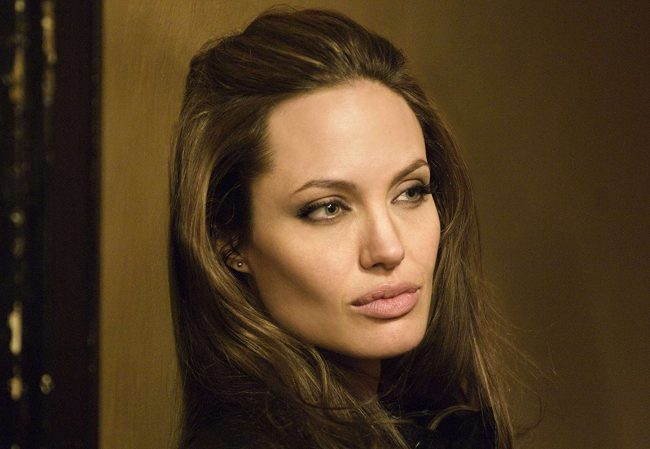 Since the age of 11, Angelina Jolie has been collecting ancient daggers, which maybe isn't that shocking when you think about the other stuff Angelina Jolie has admitted to – she once aspired to be a funeral director, she wrote ex-husband Jonny Lee Miller's name on the back of her shirt in her own blood […]