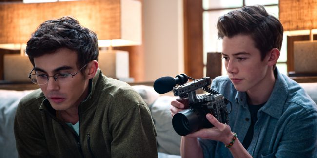 The Emmy-nominated and Peabody Award-winning true-crime satire American Vandal returns with an explosive new case and new conspiracy theories. Young documentarians Peter Maldonado (Tyler Alvarez) and Sam Ecklund (Griffin Gluck) bring their investigative skills to an elite Catholic school, where someone has been taking poop-related pranks to new heights.