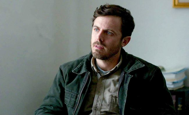 """Casey Affleck – who is married to fellow celeb vegan Summer Phoenix, Joaquin Phoenix's sister – said in a PSA for PETA: """"When people ask me why I don't eat meat or any other animal products, I say, 'Because they are unhealthy and they are the product of a violent and inhumane industry. Chickens, cows, […]"""