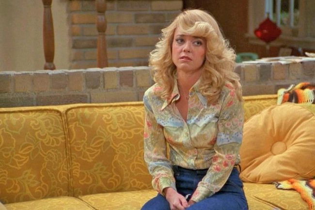 Lisa Robin Kelly played Laurie Forman on the sitcom That '70s Show and remained a series regular until about halfway through the third season when she mysteriously disappeared. Viewers were told Laurie had gone away to beauty school, but the real story is that Kelly was battling alcoholism and had abandoned the show. She later […]