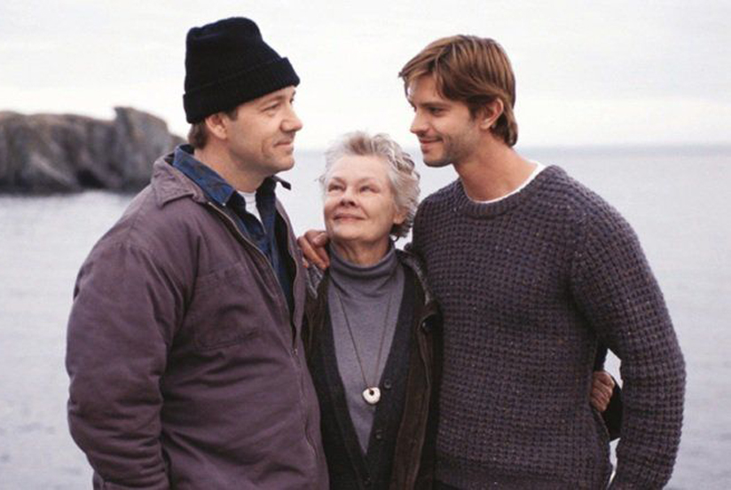 Kevin Spacey, Judi Dench and Jason Behr in The Shipping News (2001)