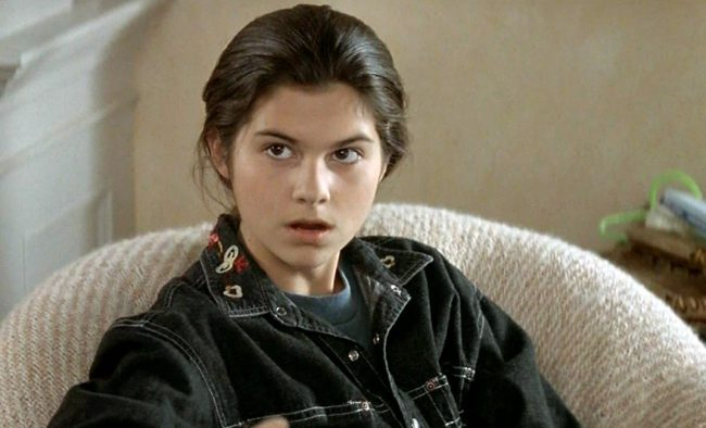 Speaking of Mrs. Doubtfire, another one of the film's young stars quit the acting business fairly early in her career. Lisa Jakub, who played broody teenager Lydia, disappeared from the acting world following an appearance in the 2000 made-for-TV movie, The Royal Diaries: Isabel – Jewel of Castilla. On her blog, Jakub has revealed she […]