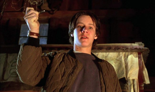 Hocus Pocus came out in 1993 and introduced the world to Omri Katz in the lead role of Max Dennison. With his long, dark hair and easygoing smile, Katz was an instant charmer and it seemed like he had a good career ahead of him. However, he only appeared in a few other projects after […]