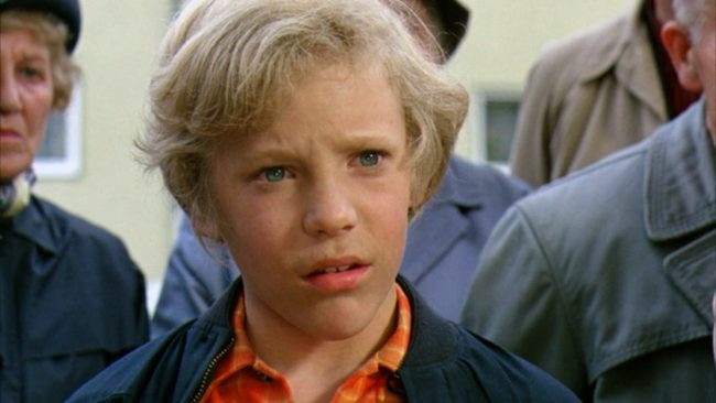 Peter Ostrum's breakout role as Charlie Bucket in the '70s picture Willy Wonka & the Chocolate Factory would turn out to be his only role. After the movie was released, he immediately retired and would go on to become a veterinarian. In recent interviews, Ostrum has explained part of his departure from acting had to […]