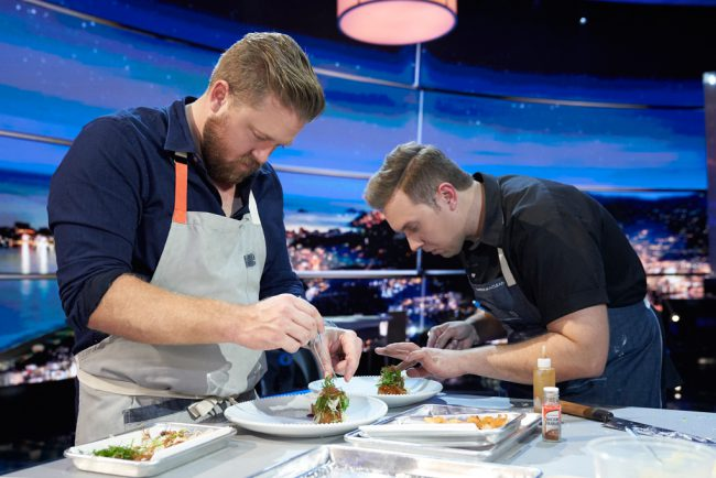 The world's most talented chefs compete for a spot at the elite Final Table. The series features 12 teams of two chefs from around the world cooking the national dishes of Mexico, Spain, England, Brazil, France, Japan, the U.S., India and Italy. Each episode focuses on a different country and its cuisine, with celebrity ambassadors, […]
