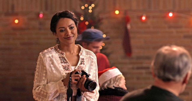 Struggling but talented photographer Abby (Kat Graham) inherits an antique holiday advent calendar from her grandmother. Just as she wishes out loud to know what her future holds, the calendar begins to predict the future. When the calendar gives her boots, to her surprise, she's given new boots. After the calendar gives her a nutcracker, […]