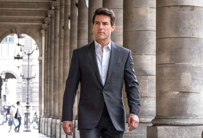 Tom Cruise always plays the chiseled, macho action hero who saves the world and gets the girl. Since beginning his film career in 1981, he has consistently pumped out movie characters who all begin to blend together when you really think about it. Mission: Impossible, Knight and Day, Jack Reacher… sometimes it's hard to tell […]