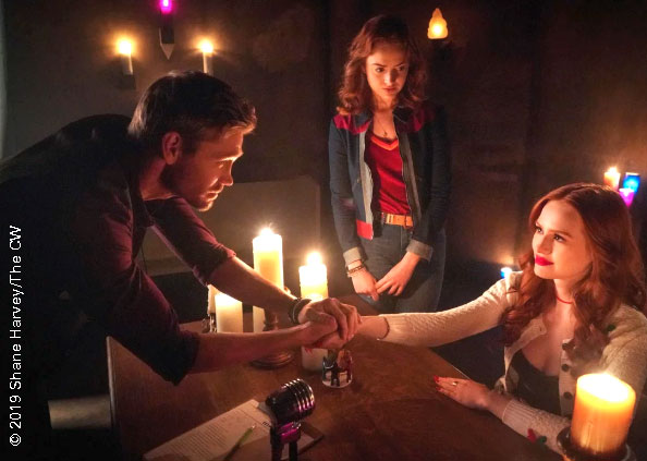 Chad Michael Murray and Madelaine Petsch in Riverdale