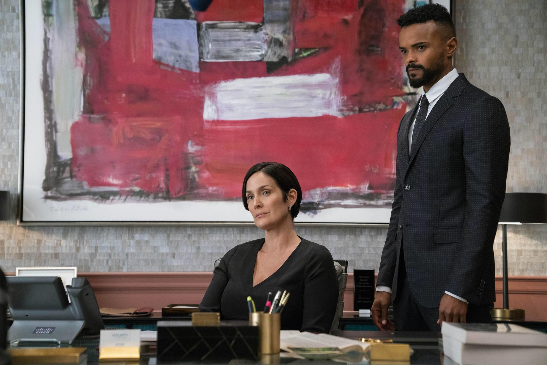Carrie-Anne Moss and Eka Darville in a scene from Marvel's Jessica Jones