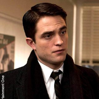 "Robert Pattinson ""Most Beautiful Man"" according to science"